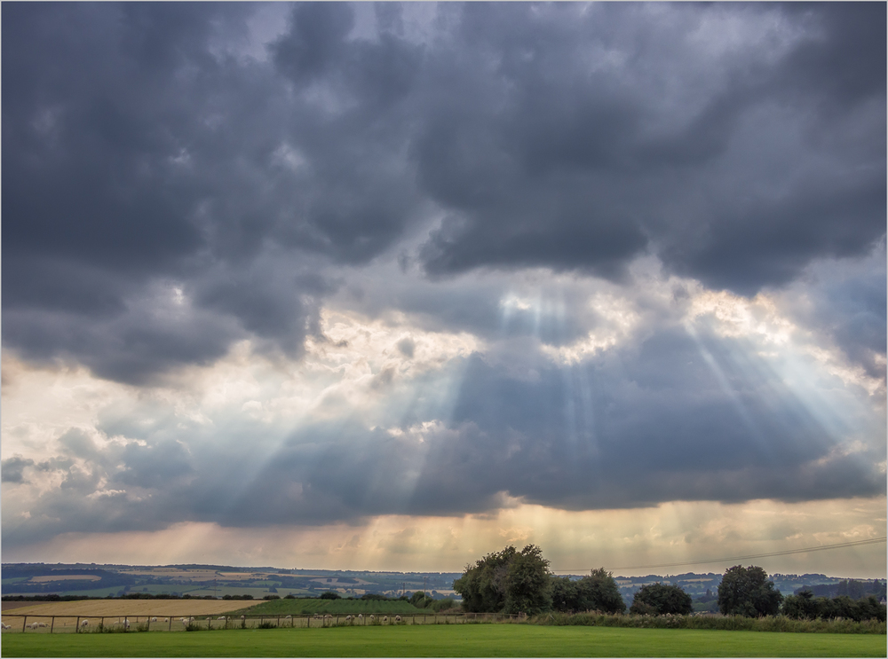 God_Rays_Cotswolds