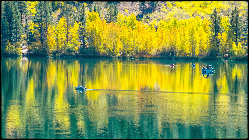 June Lake, California  USA Fujifilm X-Pro1; XF55-200mmF3.5-4.8 R LM OIS; f/16  1/35  200 ISO @ 174mm