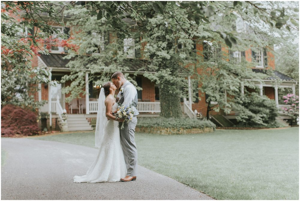 stone_mill_inn_wedding_0050.jpg