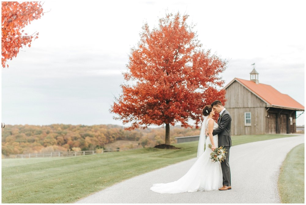 Wyndridge_Farm_Fall_Wedding_Photography_0019.jpg