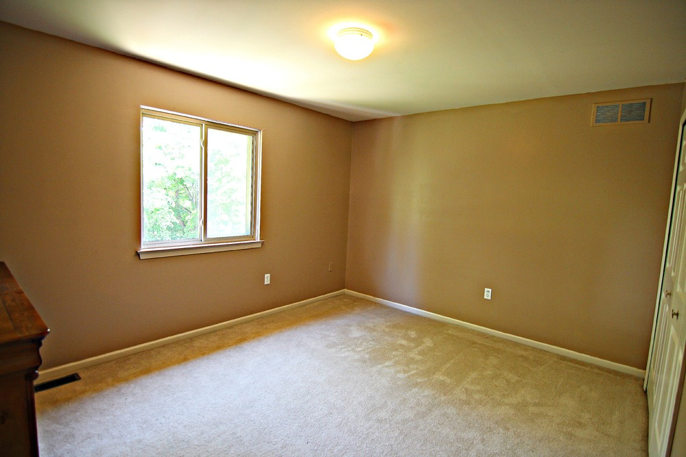 Arlene Ln Bedroom 2.jpg