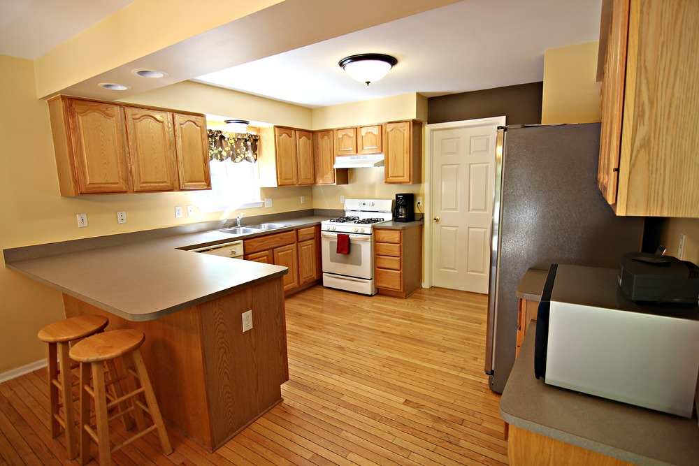 Arlene Ln Kitchen.jpg