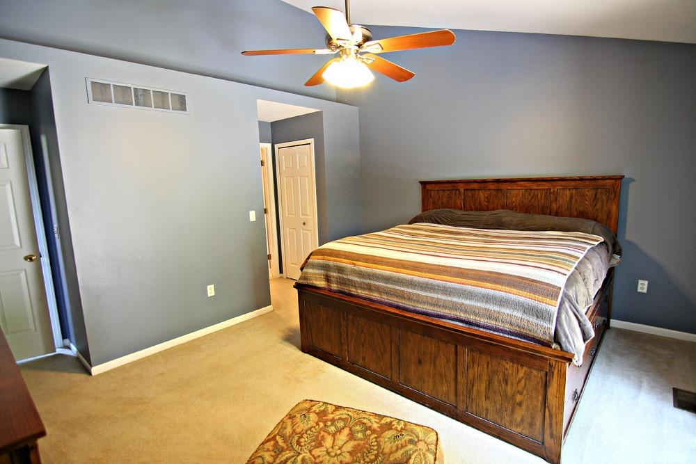 Arlene Ln Master Bedroom 2.jpg