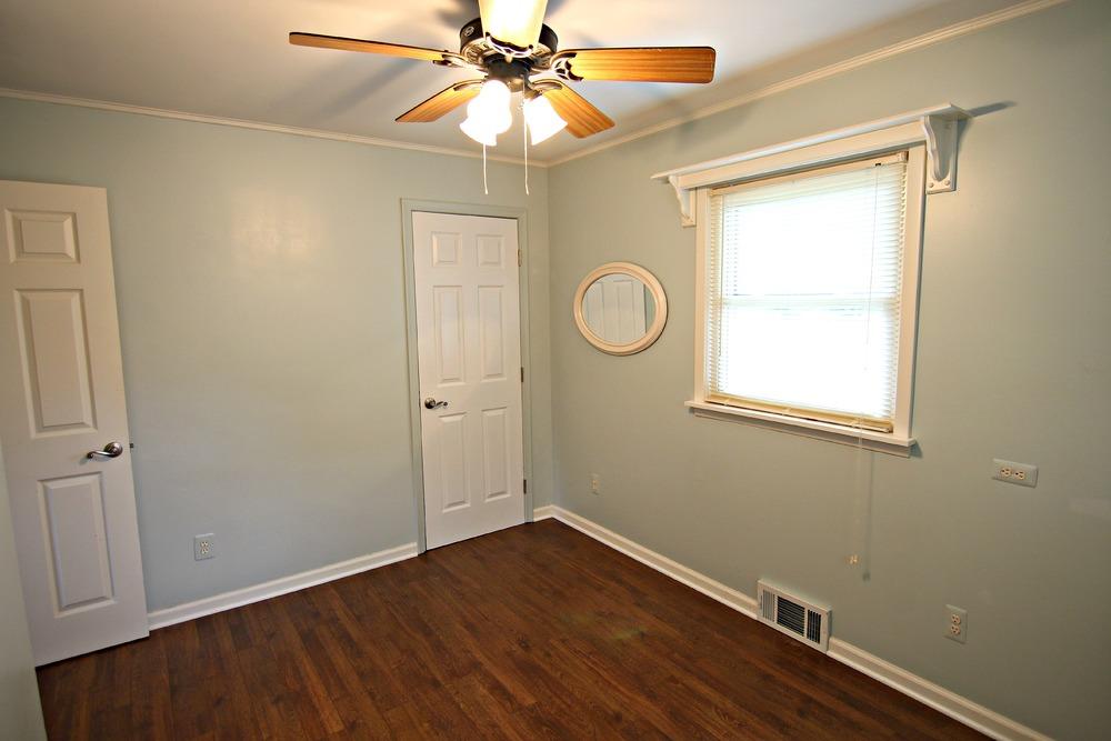 Savage Rd Bedroom 3b.jpg