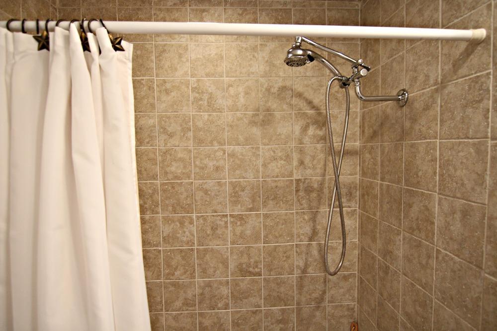 Savage Rd Full Bathroom 2.jpg