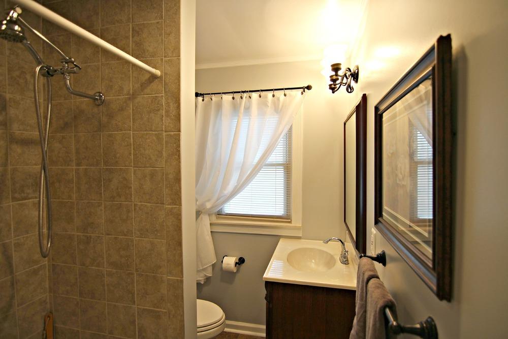Savage Rd Full Bathroom.jpg