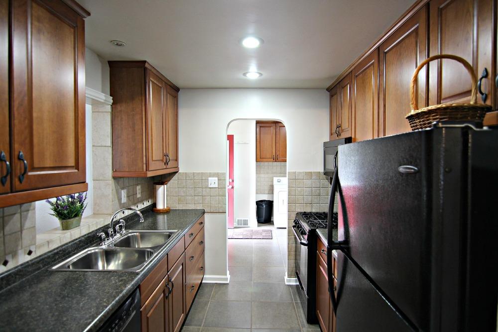 Savage Rd Kitchen.jpg