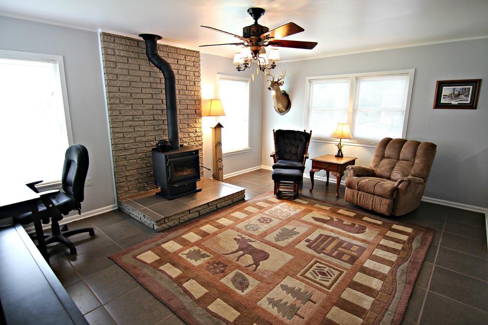 Savage Rd Living Room.jpg