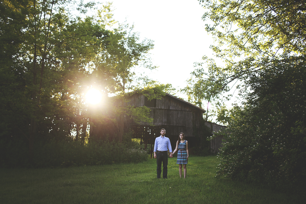 kentucky barn with sunset wedding photographer