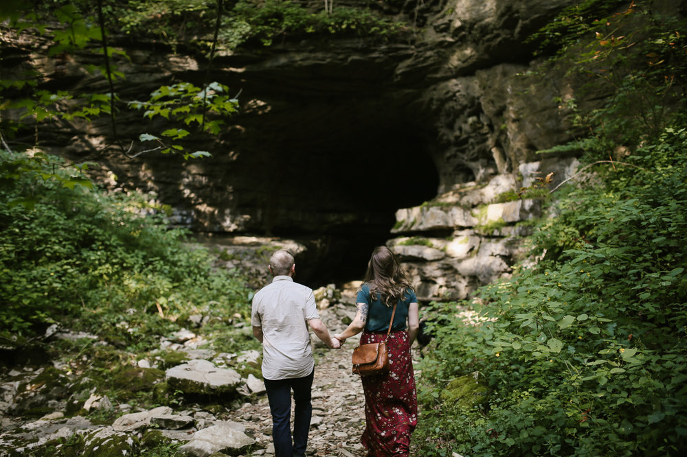 Eastern-Kentucky-Outdoors-Cave-Engagement-Photography-8.jpg
