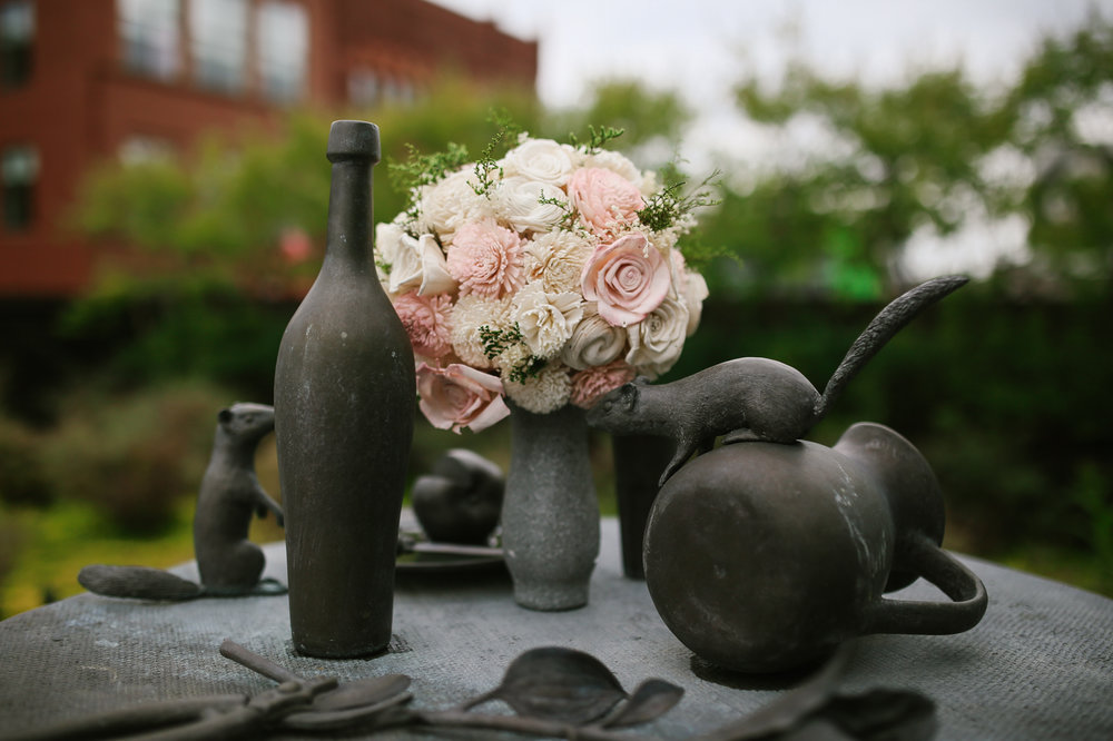 21c-rooftop-Louisville-elegant-kentucky-chicago-wedding-10.jpg