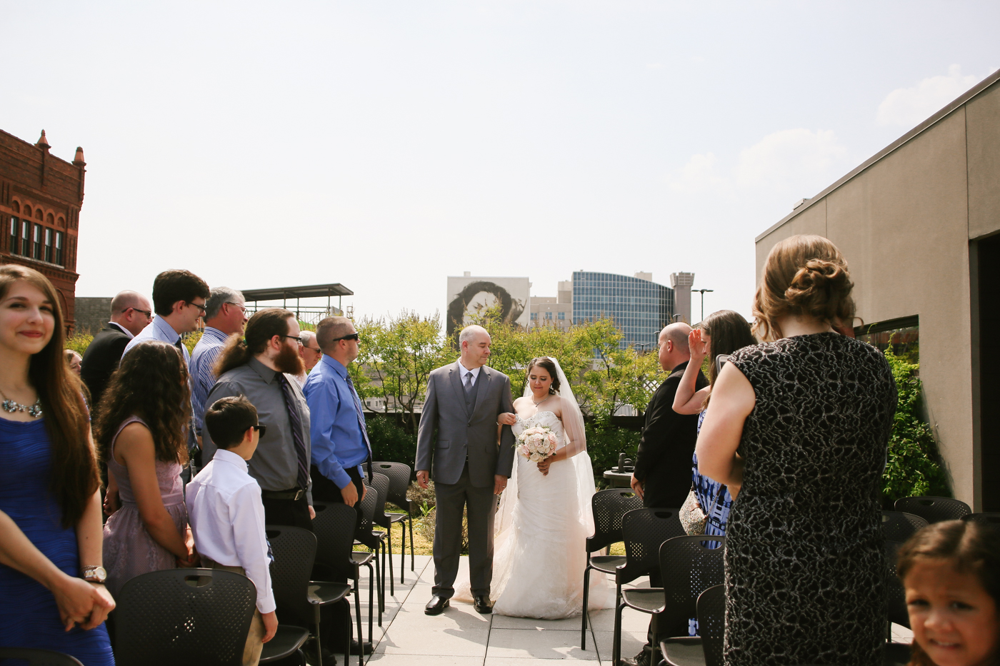 21c-rooftop-Louisville-elegant-kentucky-chicago-wedding-166.jpg