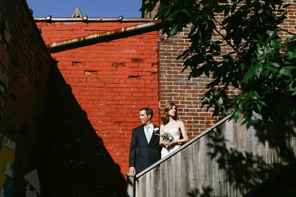 Lockbox-21c-Lexington-Courthouse-Skybar-Elopement-wedding-kentucky-344.jpg