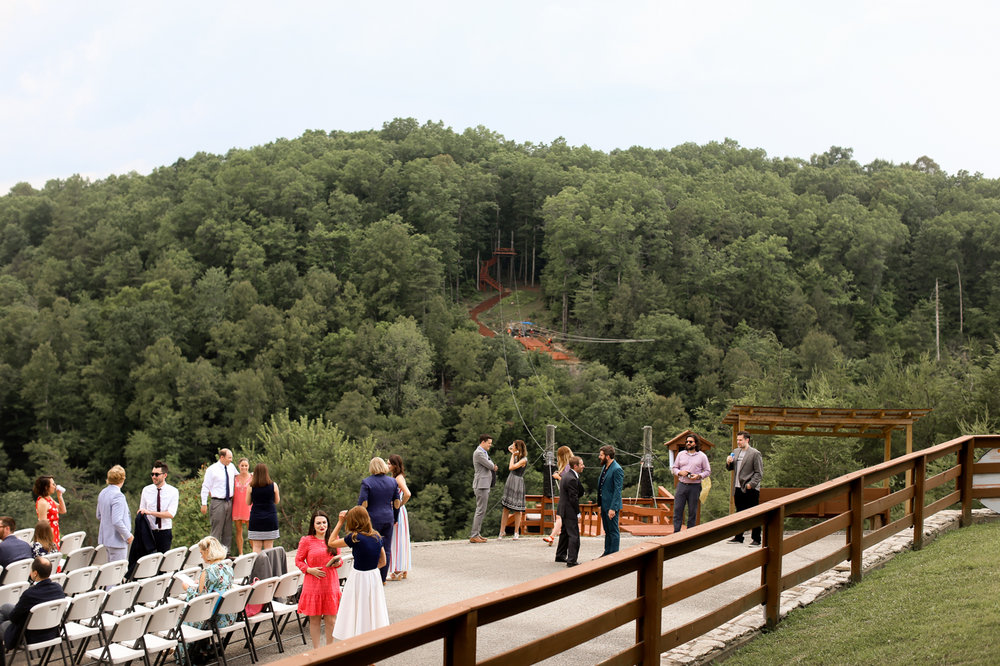 Cliffview-Lodge-Red-River-Gorge-Lesbian-Wedding-445.jpg
