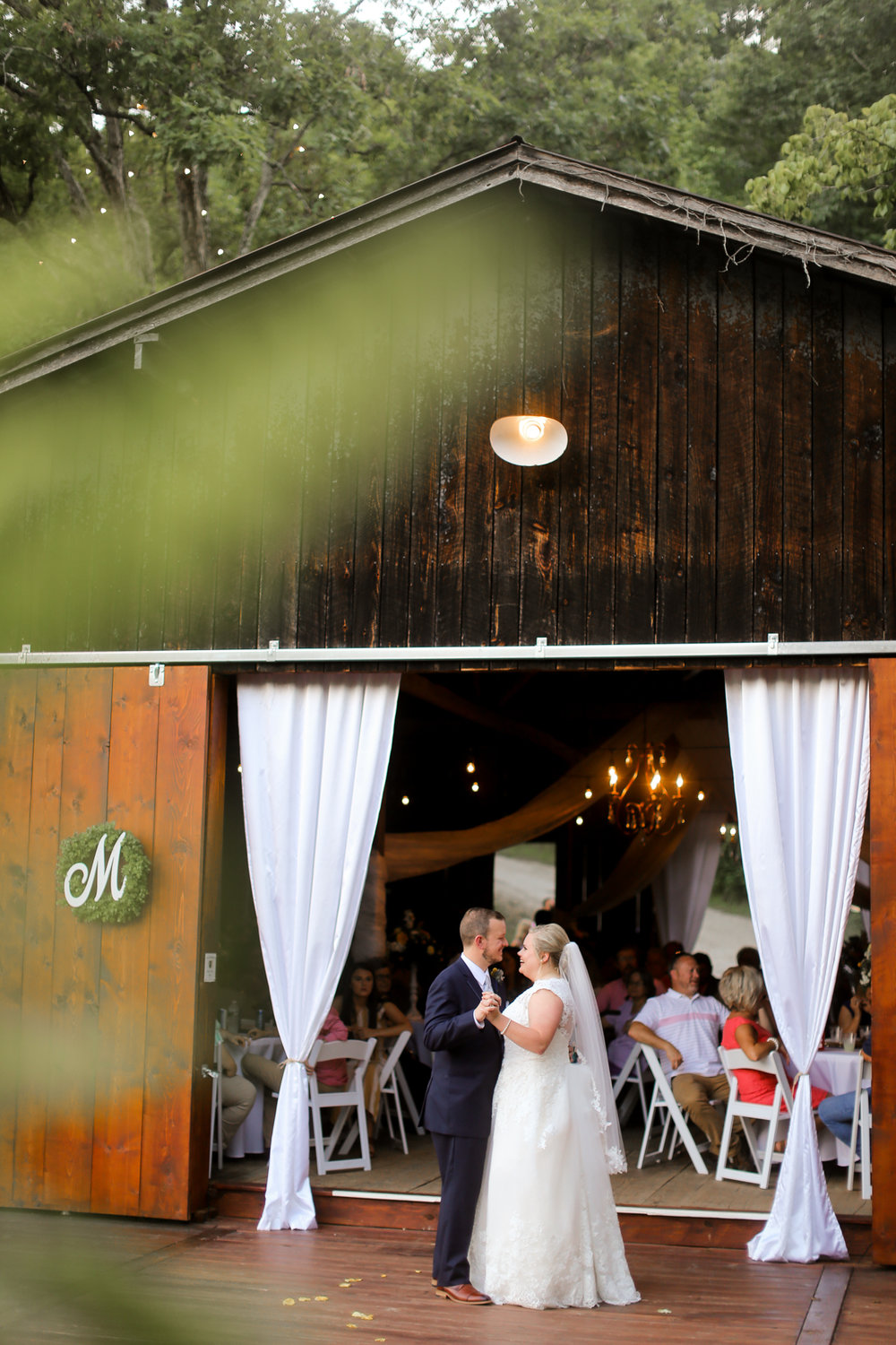 Barn-At-The-Gorge-Red-River-Kentucky-Wedding-44.jpg
