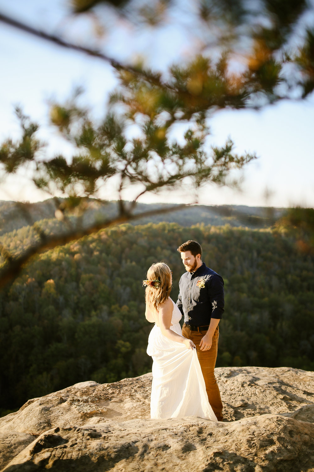 Red-River-Gorge-Elopement-Kentucky-Wedding-Venue-54.jpg