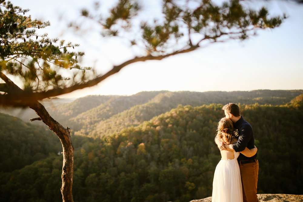Red-River-Gorge-Elopement-Kentucky-Wedding-Venue-56.jpg