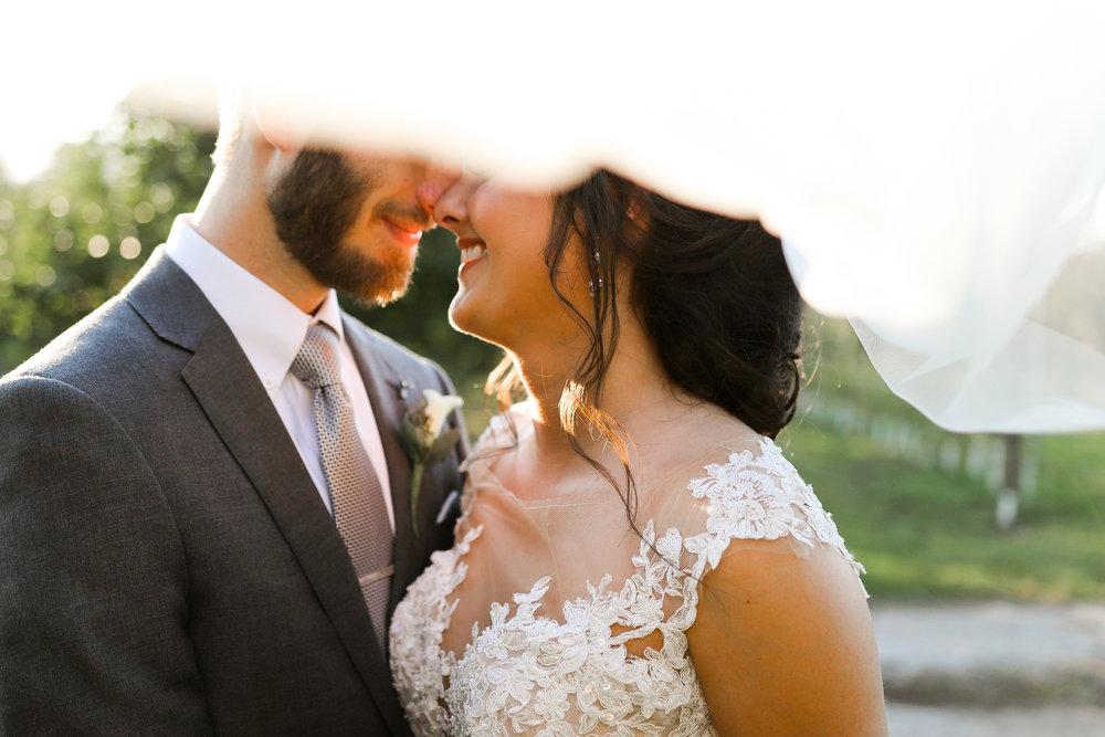 Evans-Orchard-Lexington-Kentucky-Fall-Wedding-25.jpg