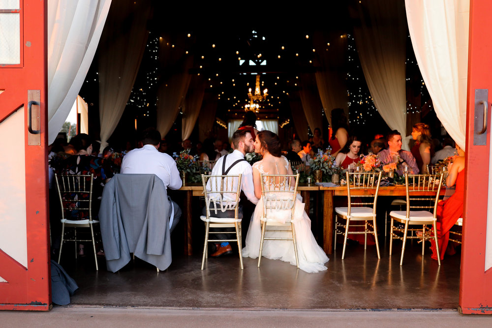 Evans-Orchard-Lexington-Kentucky-Fall-Wedding-31.jpg