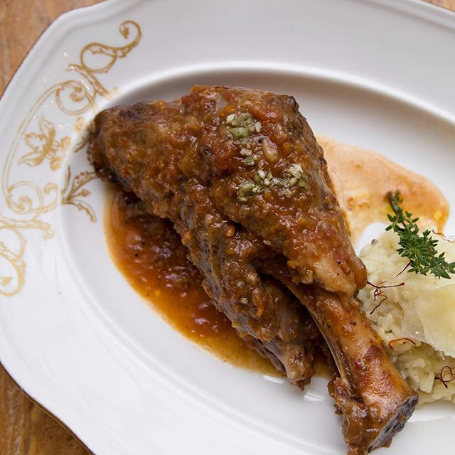 Try our sumptuous Lamb Shank Osso Buco for a filling #LunchAtLusso #LussoManila
