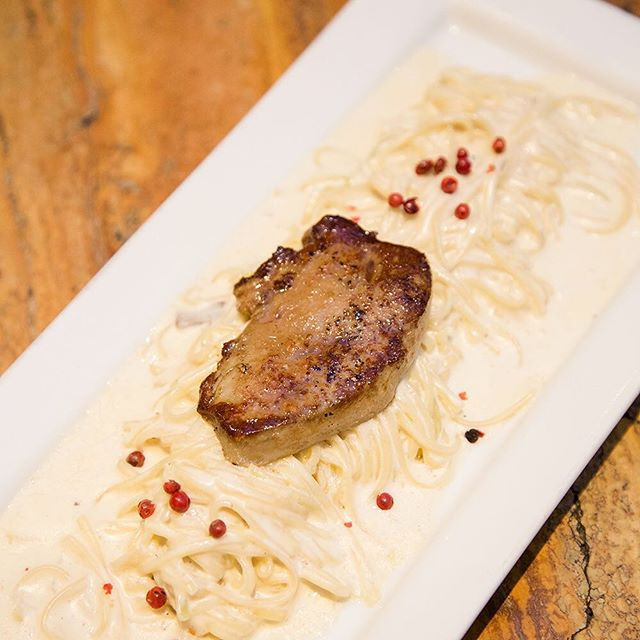 Beautifully seared Foie Gras atop our creamy taglierini with fresh pink peppercorns. Make this savory delight the top pick for tonight's #DinnerAtLusso #LussoManila