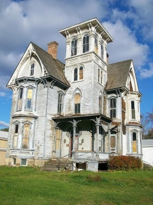 Located in Pennsylvania is a Gothic-style house that's the epitomy of a haunted house.