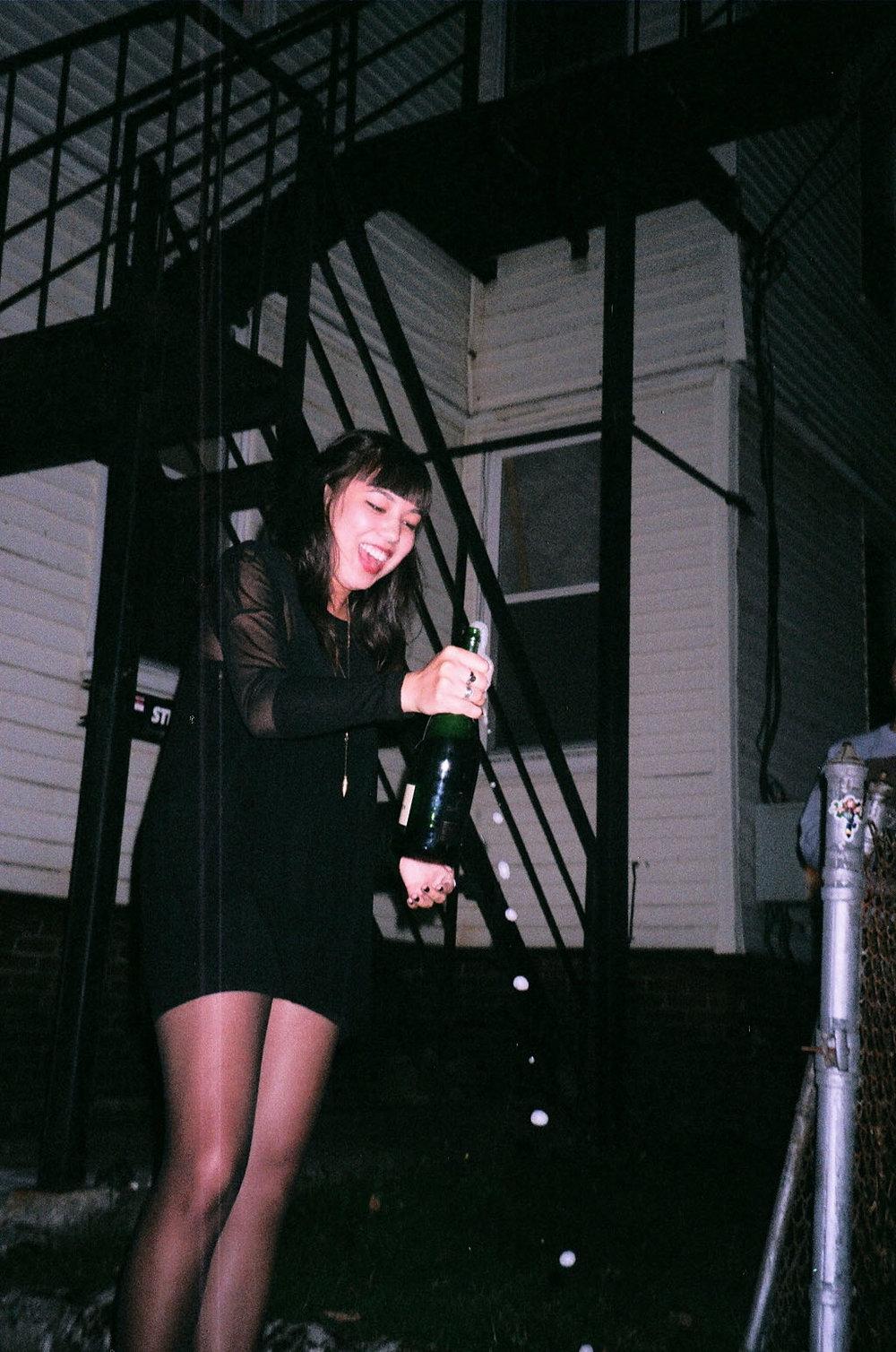 niki champagne.jpg