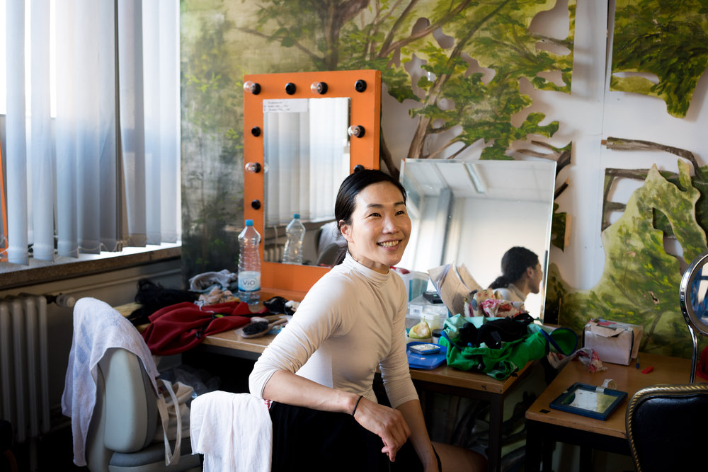 Ichi Go of Electric Kagura preparing for her performance in Berlin, Germany
