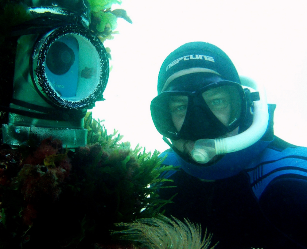 David+Lennon+underwater.png