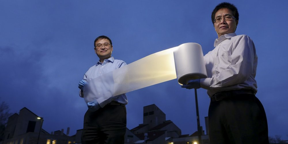 researchers-ronggui-yang-right-and-xiaobo-yin-left-show-how-lightweight-the-material-is.jpeg