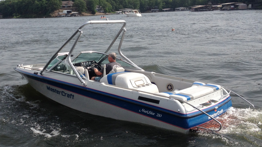 Wakeboard Tower on a 1991 Mastercraft maristar 210