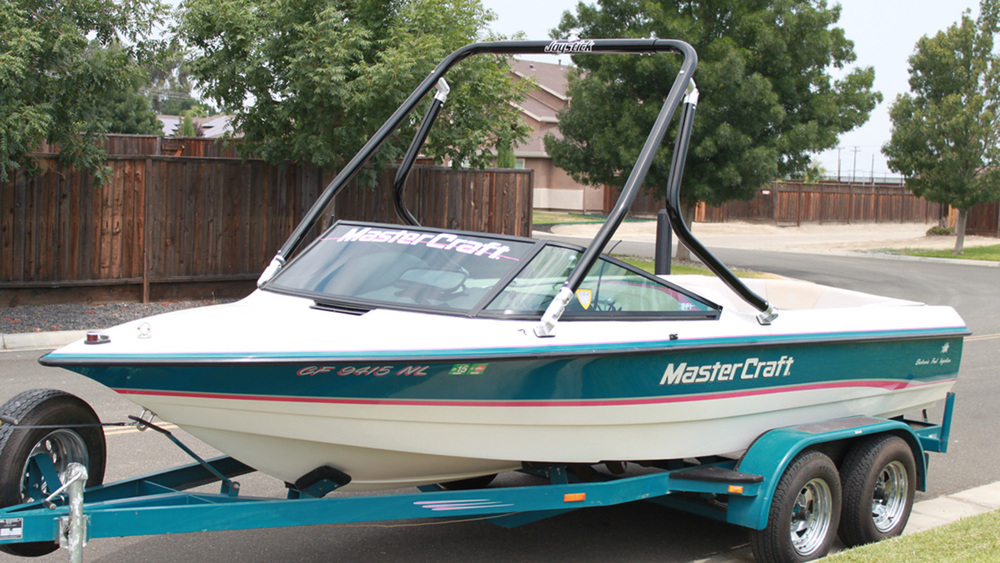 Wakeboard tower on a 1994 Mastercraft prostar 190