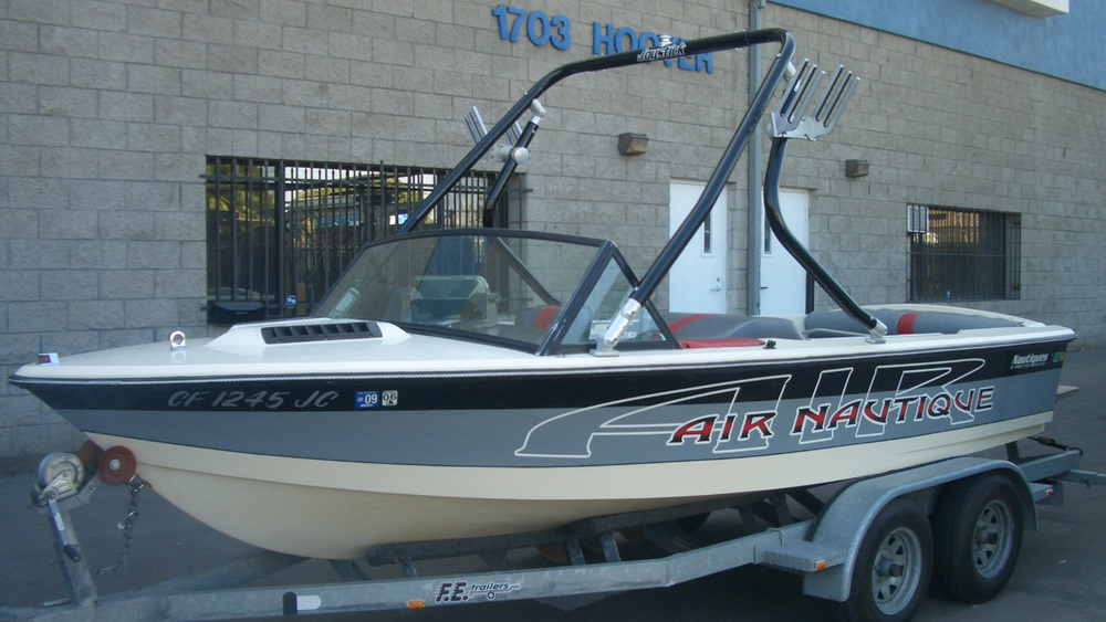 Wakeboard Tower on a 1986 Ski Nautique 2001