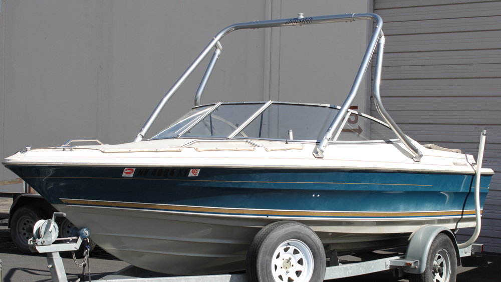 Wakeboard Tower on a 1996 Sea Ray 200
