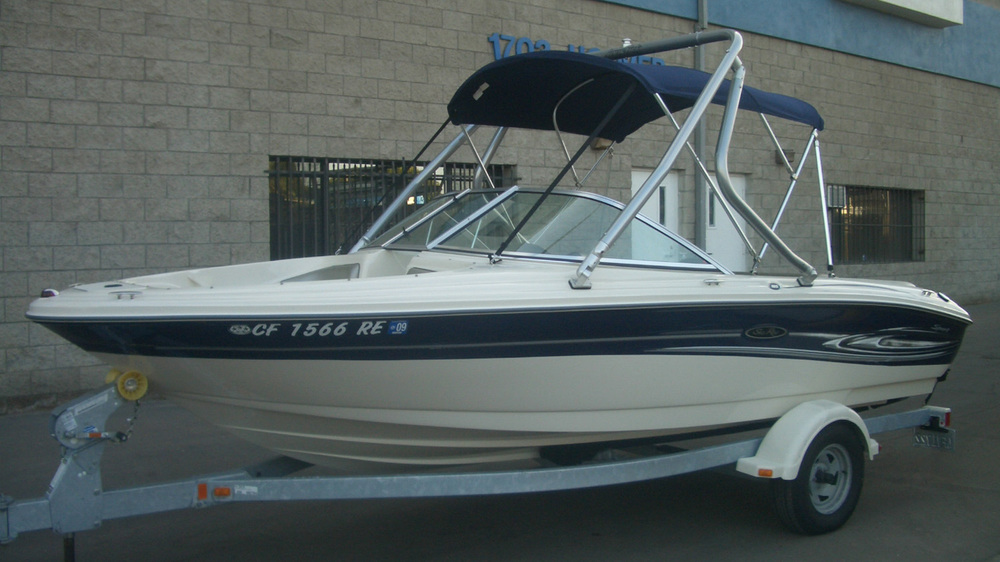 Wakeboard Tower on a 2004 Sea Ray 185