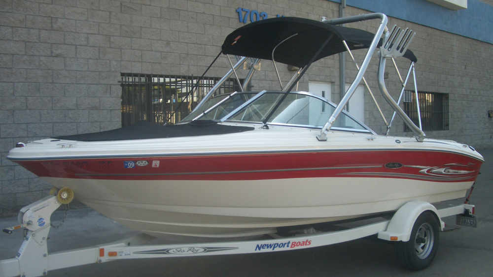 Wakeboard Tower on a 2005 Sea Ray 185 sport