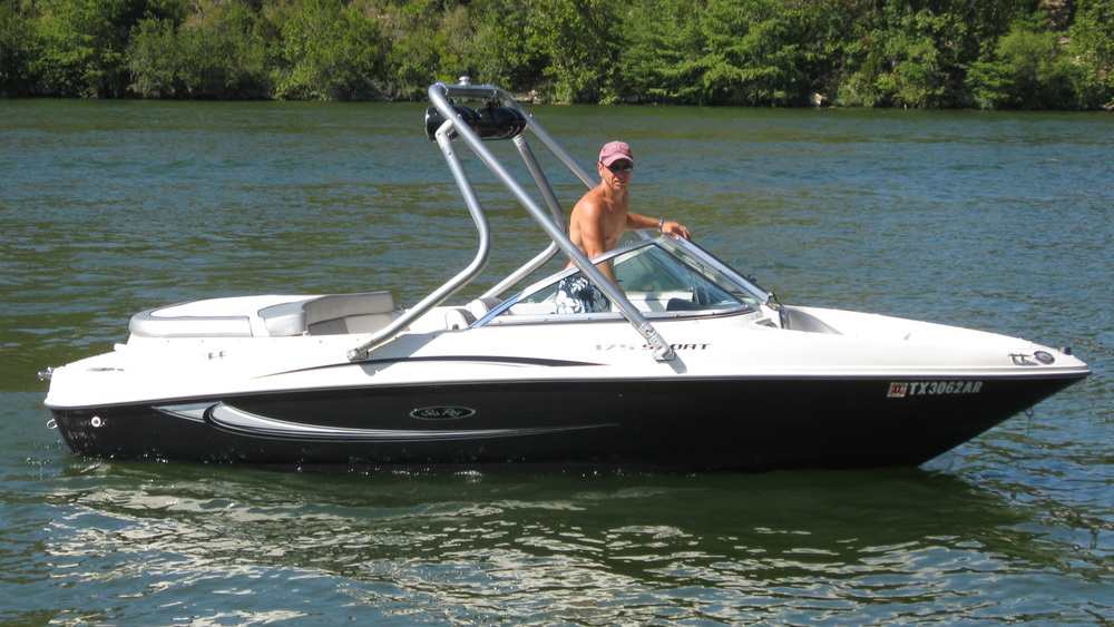 Wakeboard Tower 2008 Sea Ray 175 sport