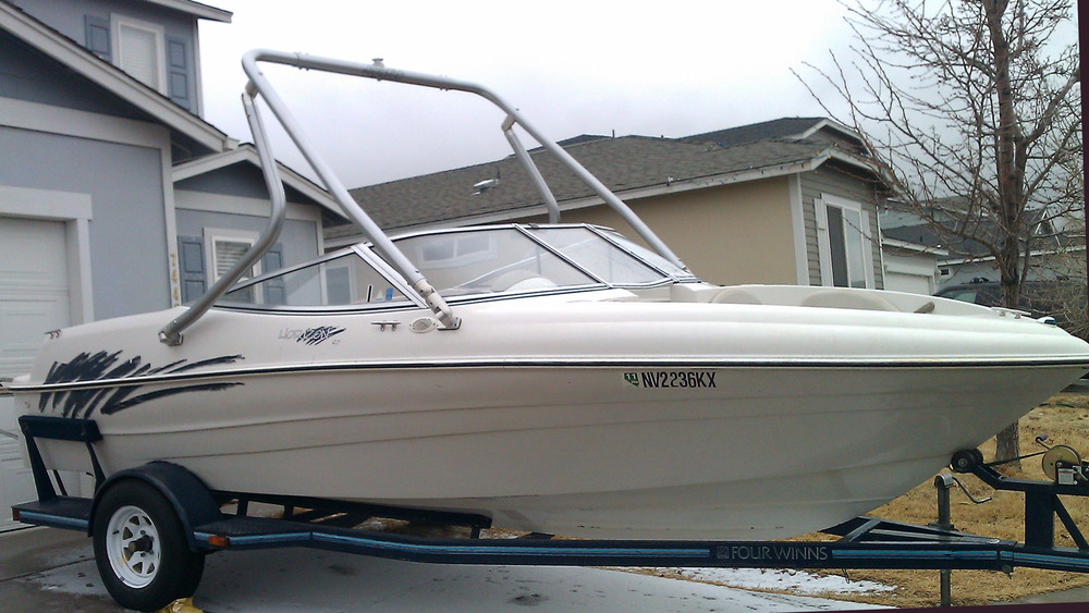 Wakeboard Tower on a 1996 four winns 180 horizon rx