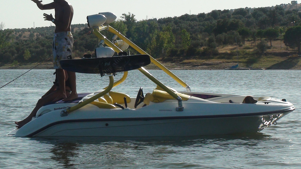 wakeboard tower on a 1997 sea-doo speedster