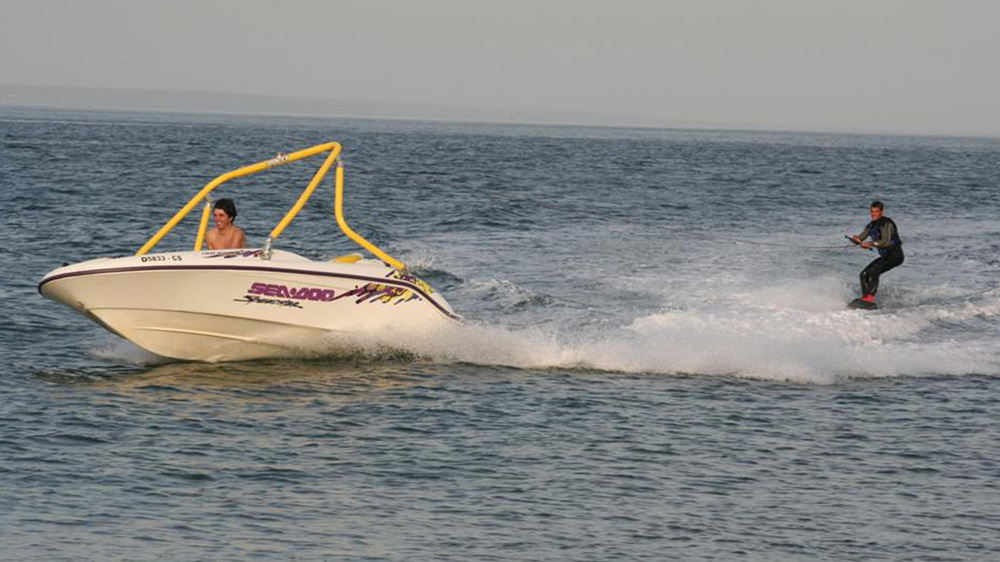 Yellow Tower on a 1997 Sea Doo speedster
