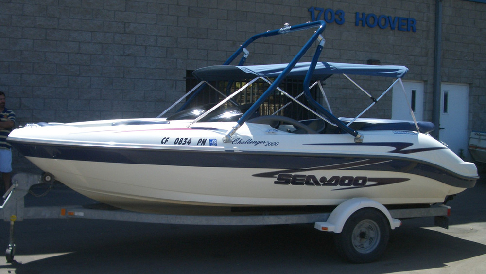 Wakeboard tower on a 1999 sea-doo challenger 2000