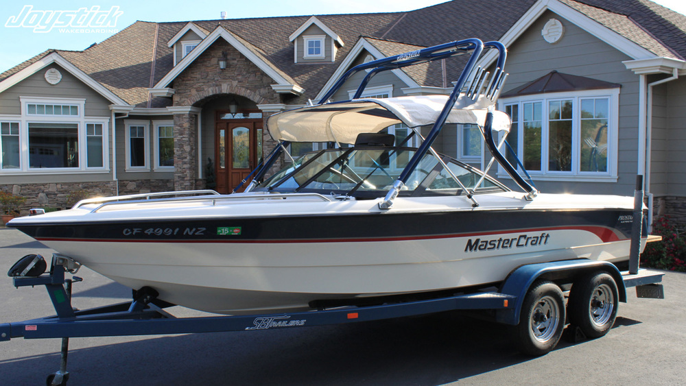 wakeboard tower on a 1997 mastercraft prostar 205