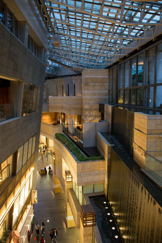 Where the Grand Hyatt Tokyo and Roppongi Hills meet