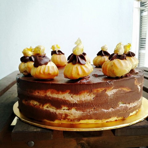 Nutella Eclair Cake by Buns & Meat