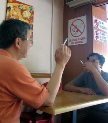 10-bad-habits-of-malaysians-ignoring-public-signs-rules