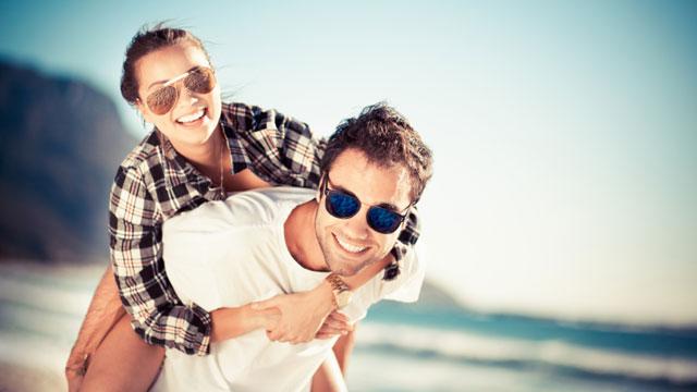 10-ways-to-make-your-girlfriend-wife-happy