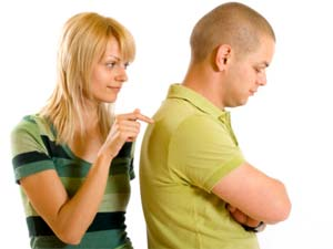 10-ways-to-make-your-girlfriend-wife-happy-act-before-she-acts