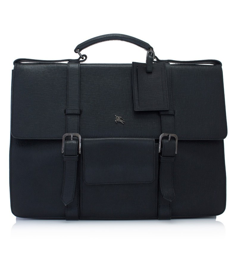 Leather briefcase by Burberry. Pre-owned one, buy here.