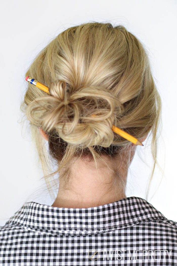 10-characteristics-of-a-low-maintenance-girl-simple-hairstyle