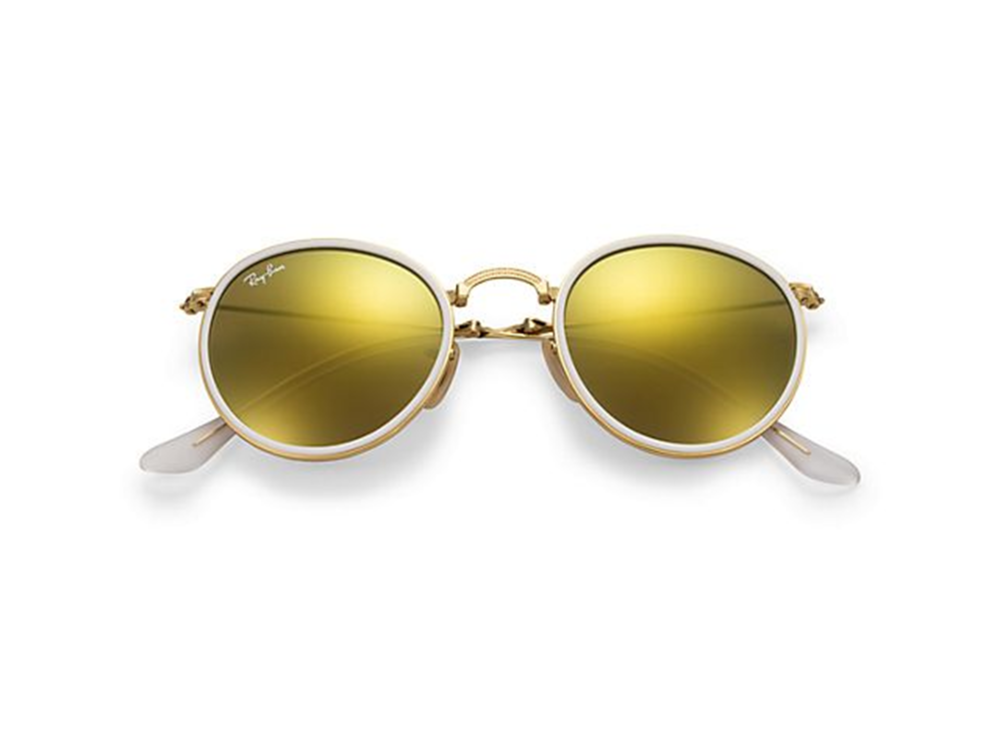 10-most-fashionable-eyewear-in-2015-round-2.PNG